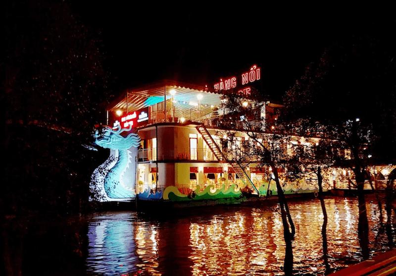 Nhà hàng nổi Bến Tre