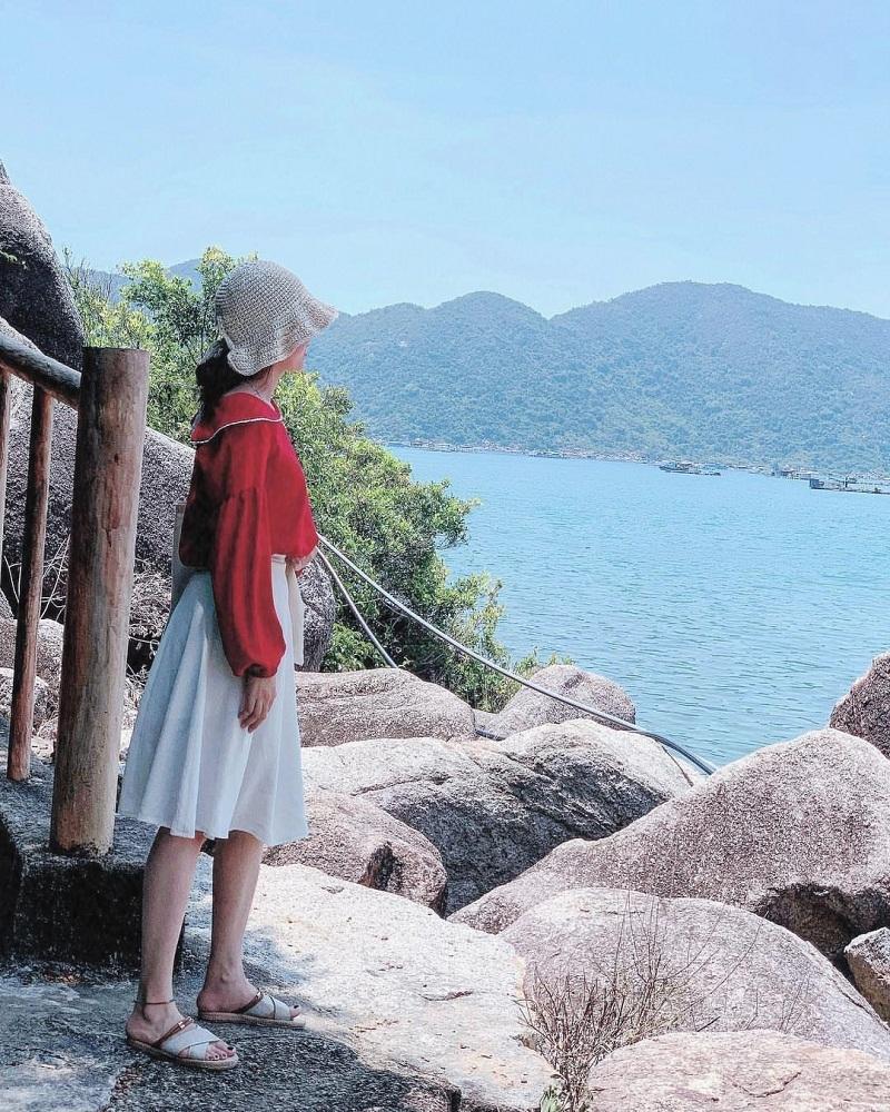 tắm biển vũng rô phú yên